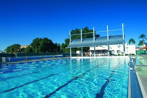 Baths and GSAC extend opening hours to combat hot weather